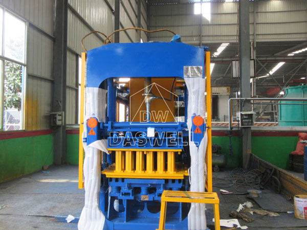 QT5-15 automatic brick making machine for sale