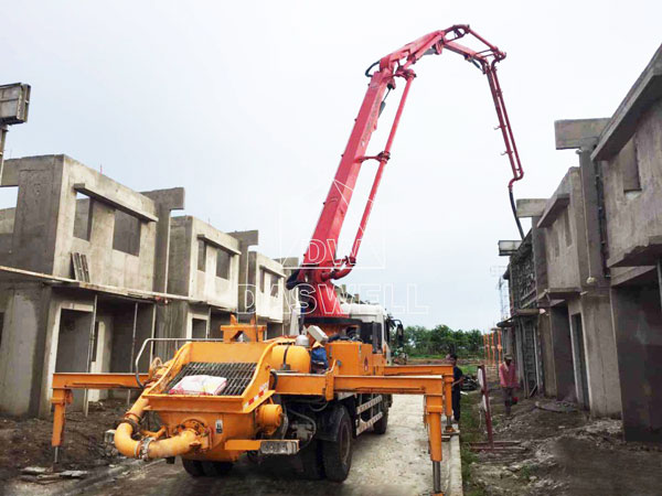 25m boom pump in construction site