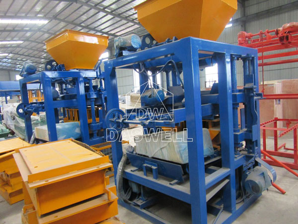 QT4-15 automatic fly ash brick making machine