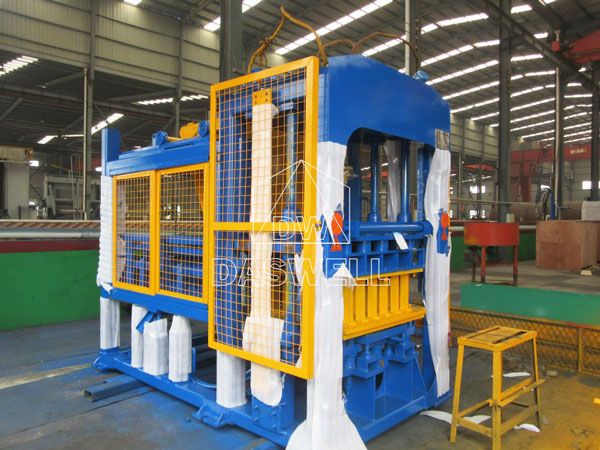 QT5-15 automatic brick making machine
