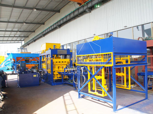 QT8-15 automatic fly ash brick making machine