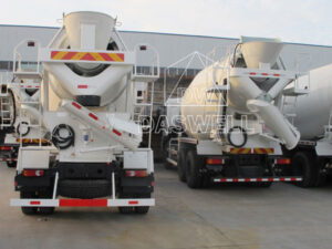 Daswell DW 3 mobile concrete mixer truck