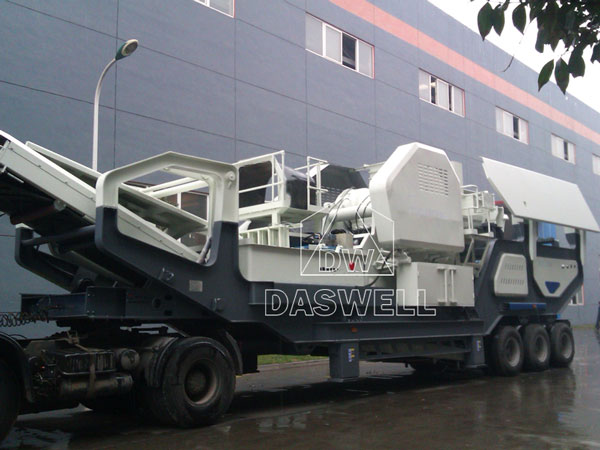 mobile crushing production line in factory